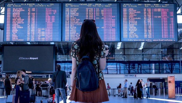 Il boom del trip stacking, figlio della pandemia: si prenotano più viaggi per farne almeno uno