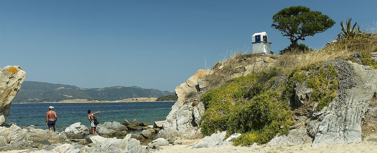 Miele e riserve naturali, il Monte Athos e un centinaio di Bandiere Blu. Calcidica, la Grecia oltre le isole