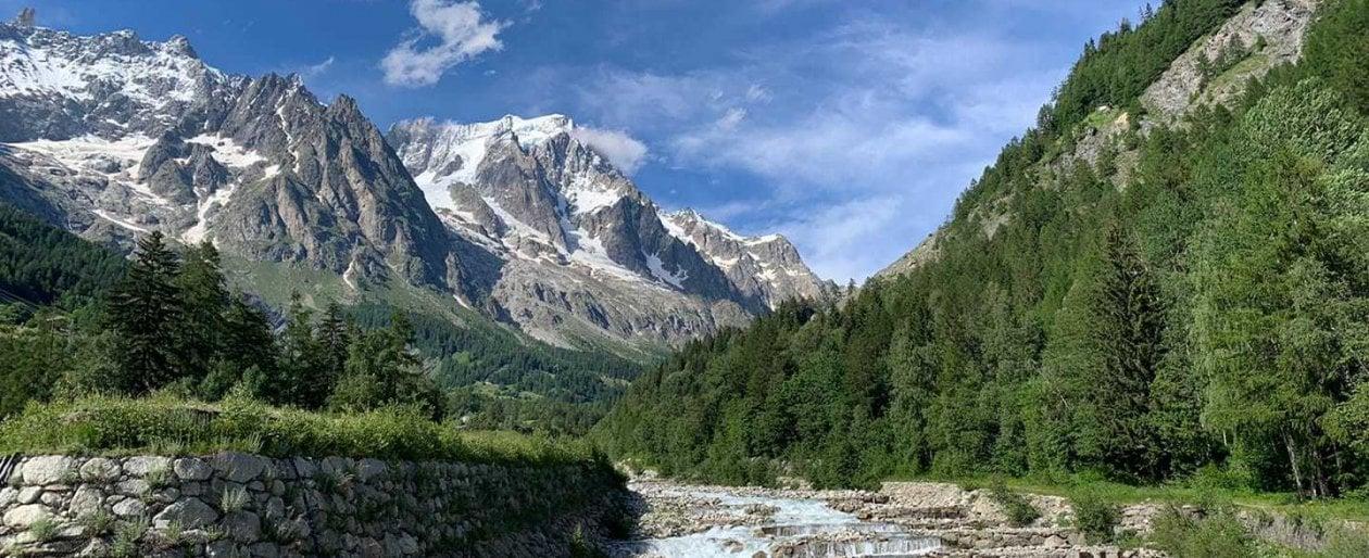 Val Ferret, la lentezza ai piedi del Monte Bianco