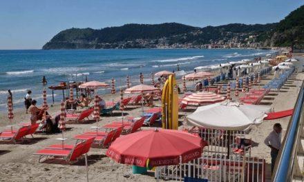 Vacanze estive per 33,5 milioni di italiani. Ma uno su tre non esce di regione