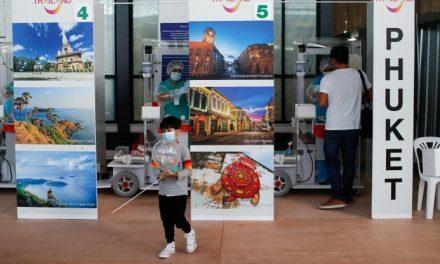 Phuket, riapertura ad ogni costo mentre in Thailandia è record di contagi e decessi da Covid