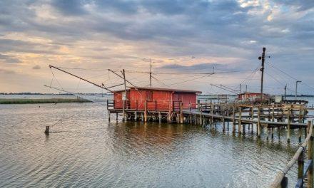 Comacchio. La magia di un tramonto sul Delta del Po