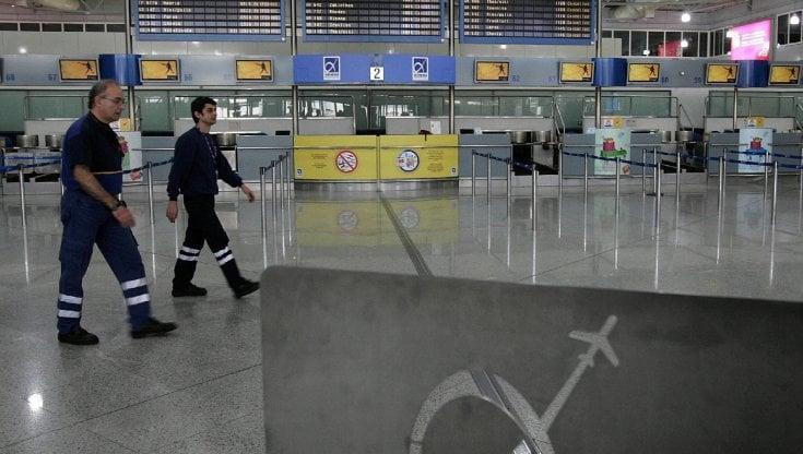 Usa, record di voli diretti per la Grecia. Il turismo a stelle e strisce prepara l'assalto ad Atene, ai danni di Italia, Spagna e Francia