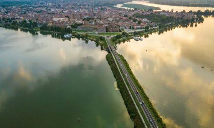 In città ma non solo per quattro passi. Da Torino a Mantova, fino ai piedi dell'Etna, torna il trekking urbano