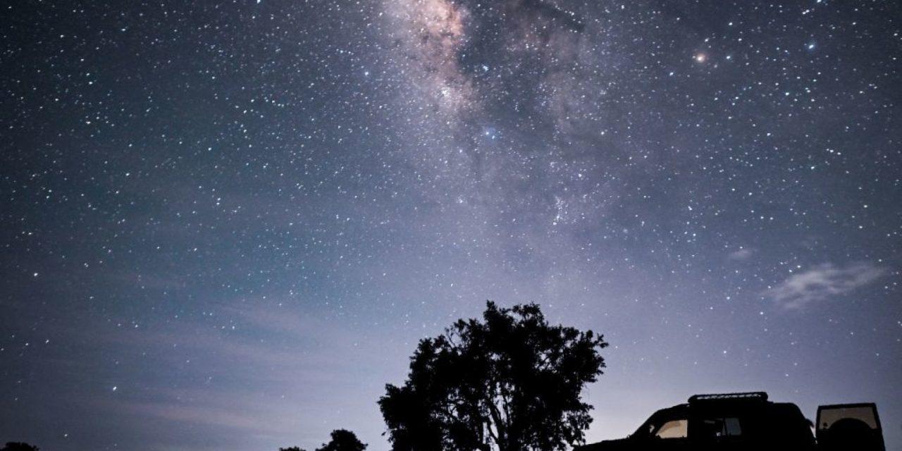 Chi ha spento la Via Lattea? Un umano su tre non la vede più