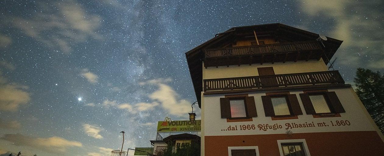 Trentino. Val di Sole, l'eden italiano degli astrofili. Da scoprire a passo lento