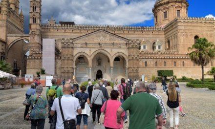 Turismo. Mercato eCommerce torna a crescere: più 51 per cento rìspetto all'anno scorso