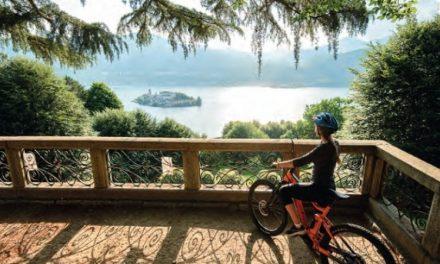Il giro del Lago d'Orta in bici: wilderness, arte e fiumi controcorrente